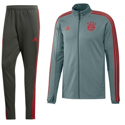 Foto van FC Bayern München Trainingspak