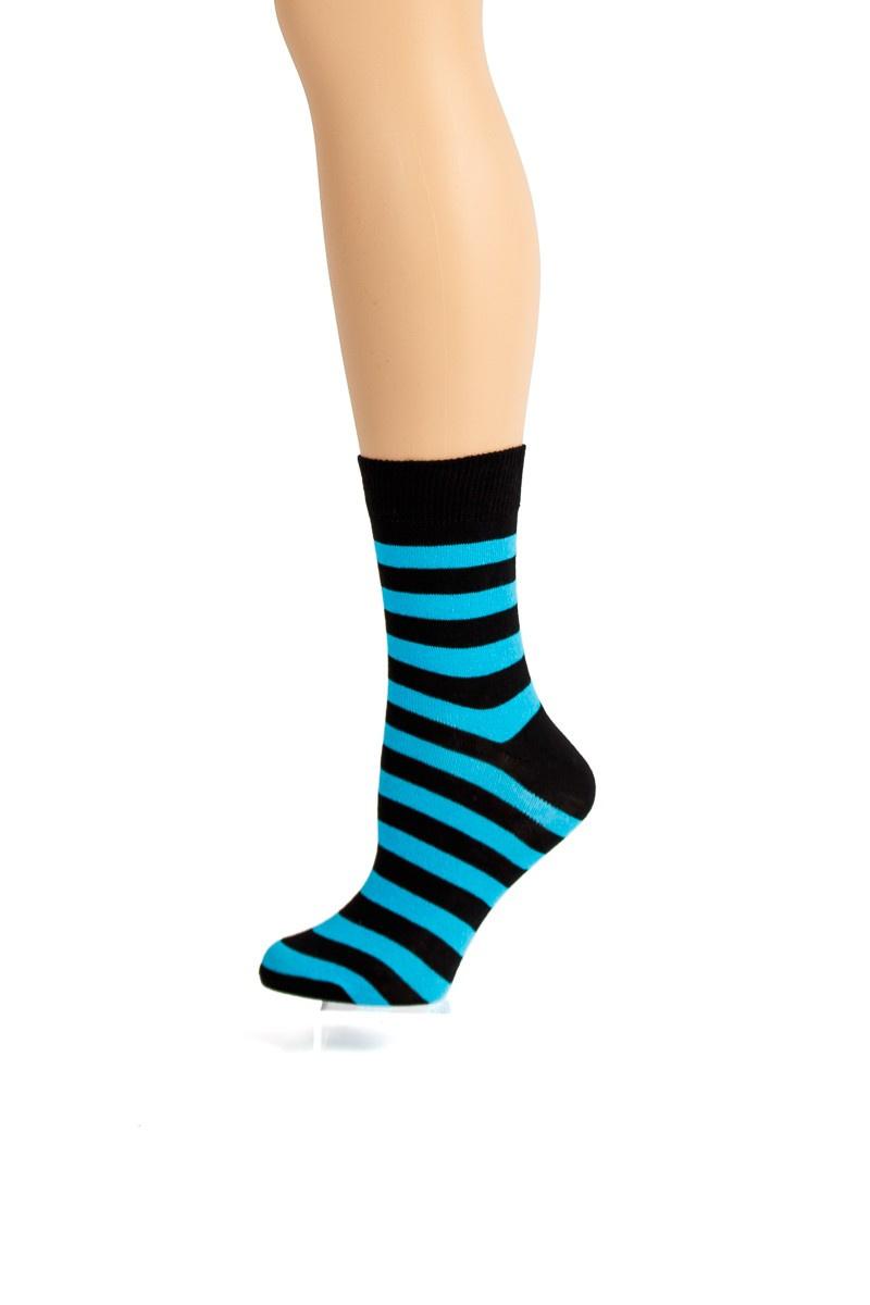 Flirt | Zwart lichtblauw gestreepte sokken