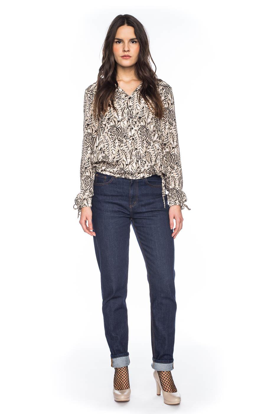 ATO Berlin, blouse Liana, met creme tijger en bloemprint, wit