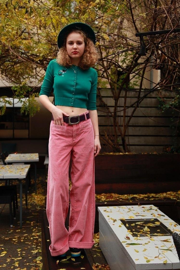 ATO Berlin | Ribcordbroek Lacy, brede roze cord met wijde pijpen