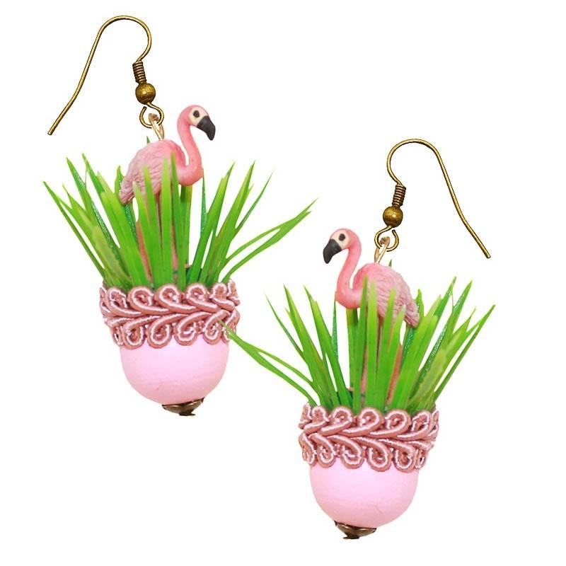 Miranda's Choice - Oorbellen met flamingo in roze bloempot met gras