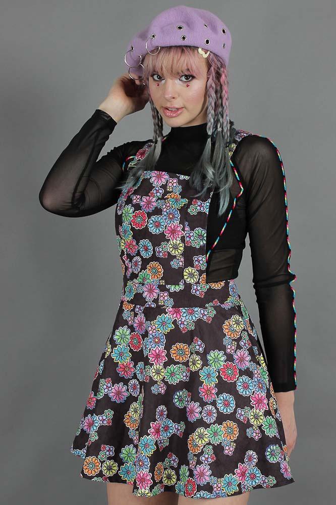 Jawbreaker | Pinafore jurk Poison Ivy met felgekleurde bloemen