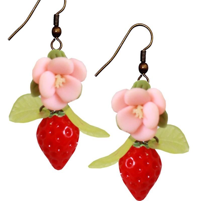 Miranda's Choice - Oorbellen met aardbei en roze bloem