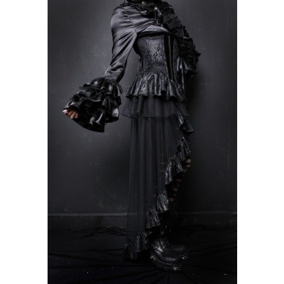 Foto van Corset met asymmetrische gothic rok