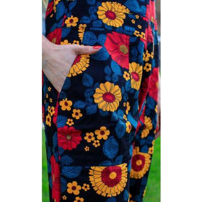 Foto van Run & Fly   Tuinbroek met retro bloemen, unisex