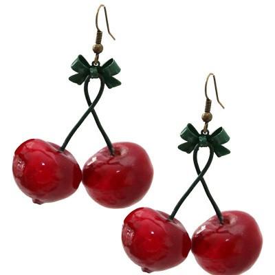 Foto van Miranda's Choice - Oorbellen met rode kersen