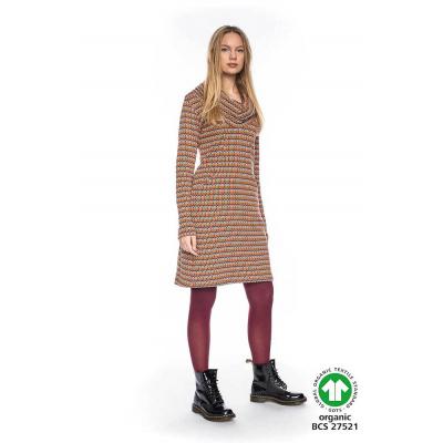 Foto van ATO Berlin | Kleurrijke warme jurk Halbmond met losse col