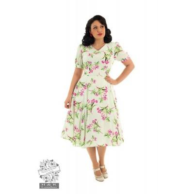 Foto van Hearts & Roses - Swingjurk Victoria, met roze bloemenprint, mintkleur
