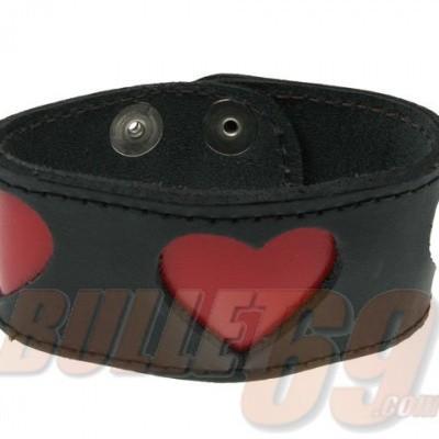 Foto van Leren polsband, zwart met rode hartjes
