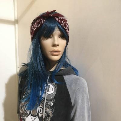 Foto van Bandana haarband en sjaal met paisley patroon, bordeaux-wit