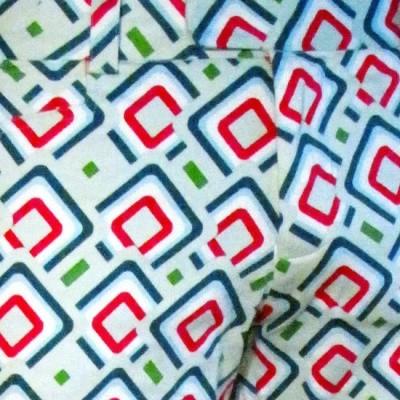Foto van Broek, diagonal squares mint petrol