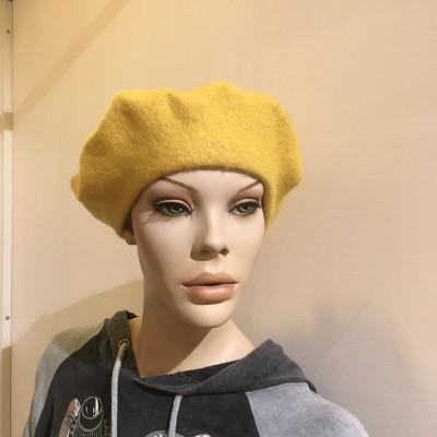 Foto van Klassieke baret van wol, geel