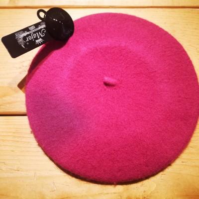 Foto van Klassieke baret van wol, roze