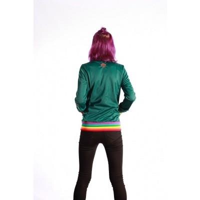 Foto van Sportjas Anne Vos, groen met regenboog boorden