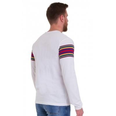 Foto van T-shirt lange mouw, wit met regenboog baan