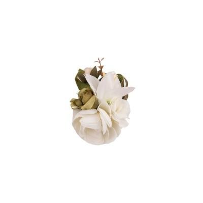 Foto van Haarclip/broche, met witte bloemen