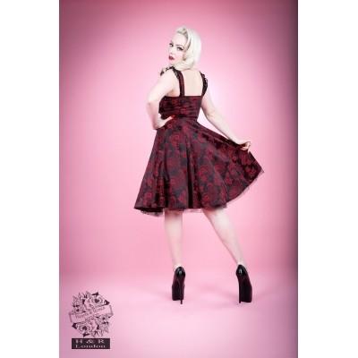 Foto van Hearts & Roses | Jurk Marie Antoinette bordeaux brocade