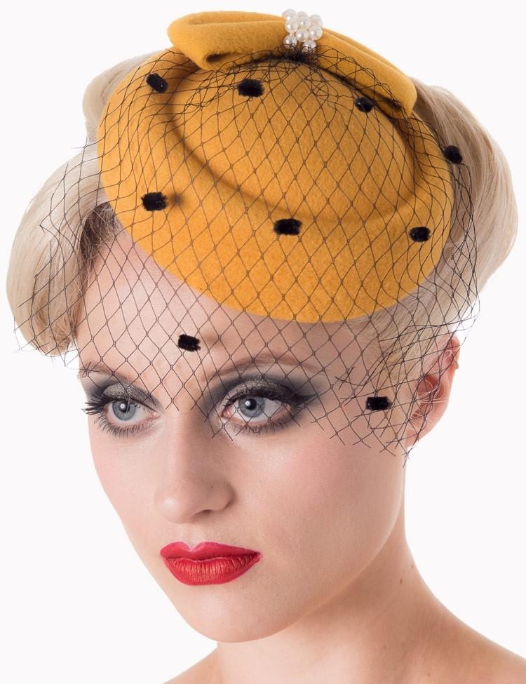 Vintage hoedje Judy Mosterd geel