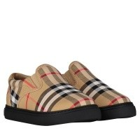 Picture of Burberry 4076319 kids sneakers black
