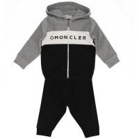 Afbeelding van Moncler 8814605 baby joggingpak grijs
