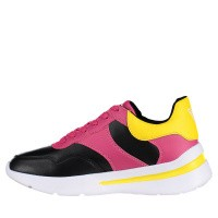 Picture of Guess FL5MILELE12 womens sneakers black
