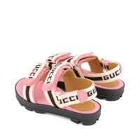 Afbeelding van Gucci 552928 kindersandalen roze