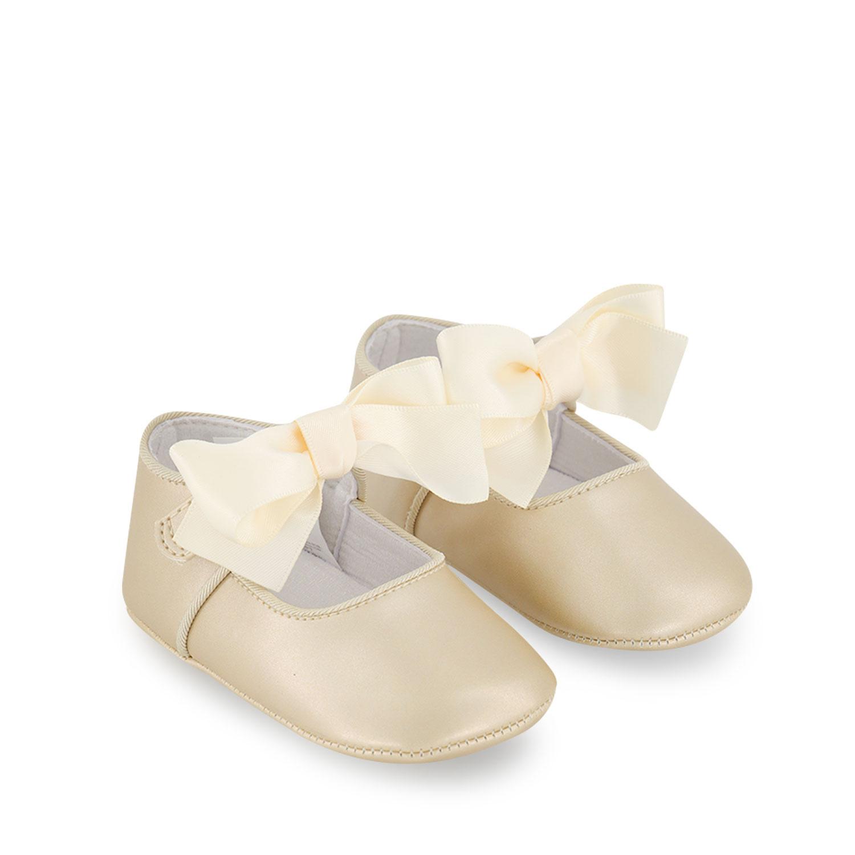 Afbeelding van Mayoral 9404 babyschoenen goud