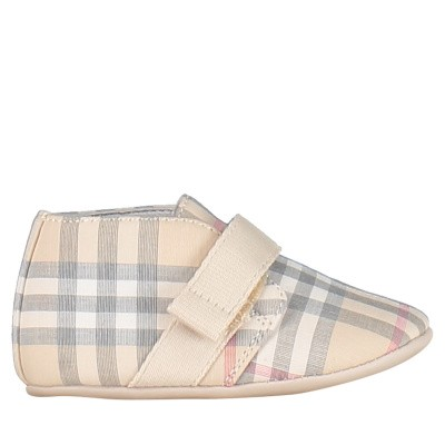 Picture of Burberry 8006418 baby slippers light beige