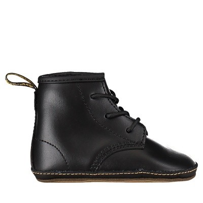 Picture of Dr. Martens 15329001 kids boots black