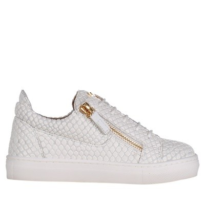 Picture of Guiseppe Zanotti SBE8101021/8401021 kids sneakers white