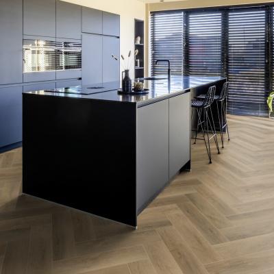 Afbeelding van Luxury Living Premium 0.5 Visgraat Andalucia Oak RCV9100