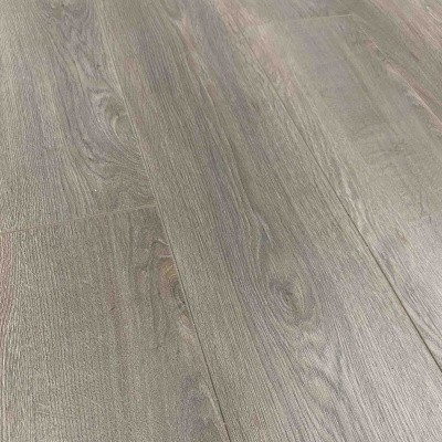 Foto van LOC Floor by Quick-Step Titanium Oak LCF348