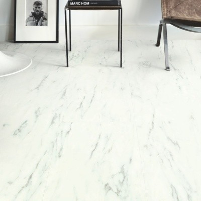 Foto van Quick-Step Ambient Glue Plus Carrara Marmer Wit AMGP40136