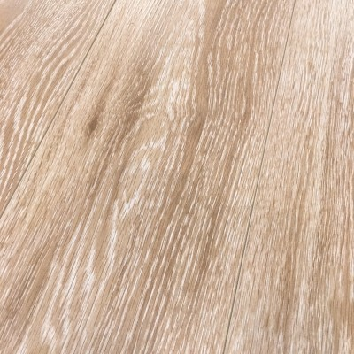 Foto van Whitewashed Oak Brown 8mm Vgroef