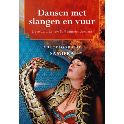 Foto van Dansen met slangen en vuur