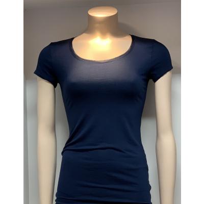 Foto van Oroblu T-Shirt uit de Perfect Line serie VOBT01593 5245 BLUE