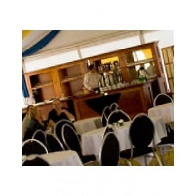 Foto van Luxe bar incl. achterwand en biertap 6 meter
