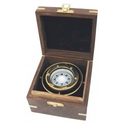 Foto van Kompas in kist