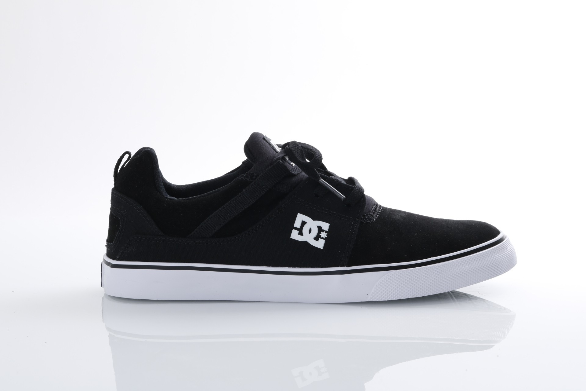 Foto van DC ADYS300443-BKW Sneakers Heathrow vulc Zwart