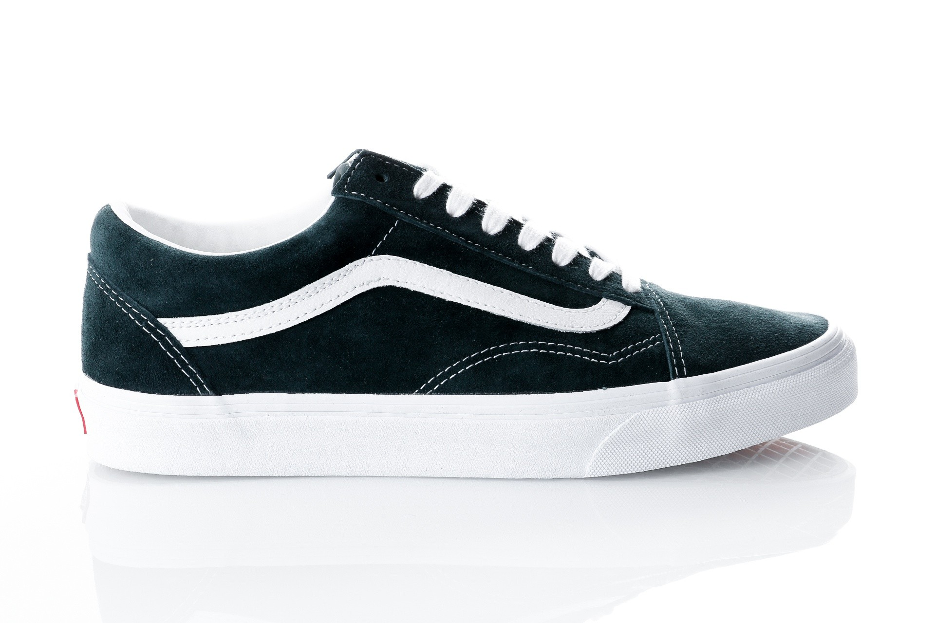 Foto van Vans UA Old Skool VA38G1U5J Sneakers (Pig Suede) darkest spruce/true white
