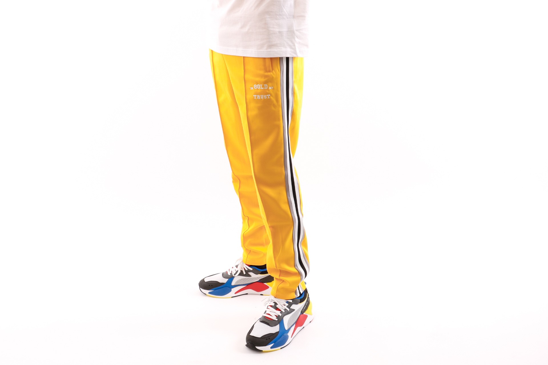 Foto van In Gold We Trust Logo Trackpant FAP-031 Trainingsbroek Yellow