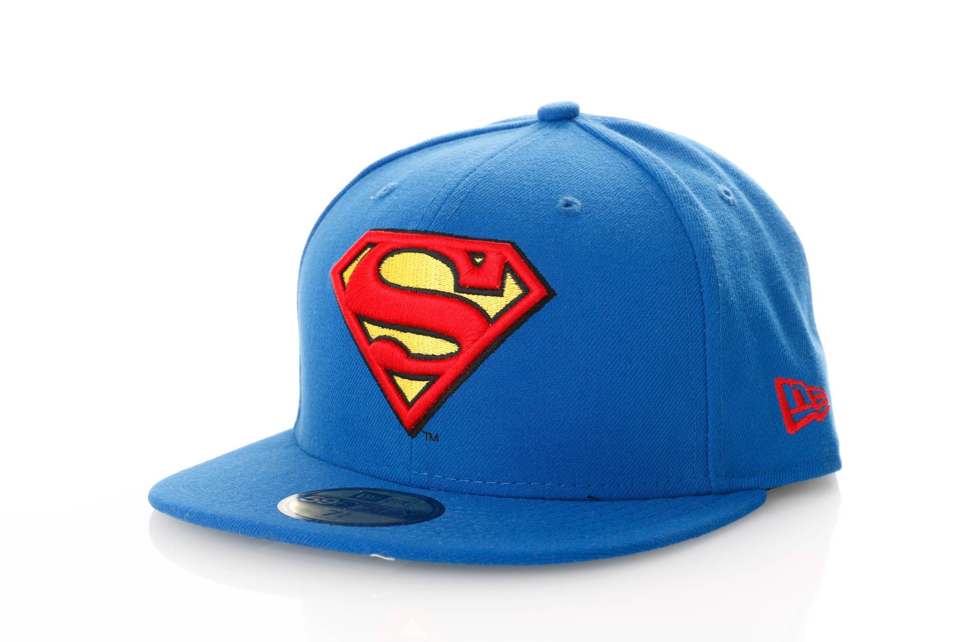 Foto van New Era Character Essential 10862337 Fitted Cap Blue/Red/Yellow Marvel