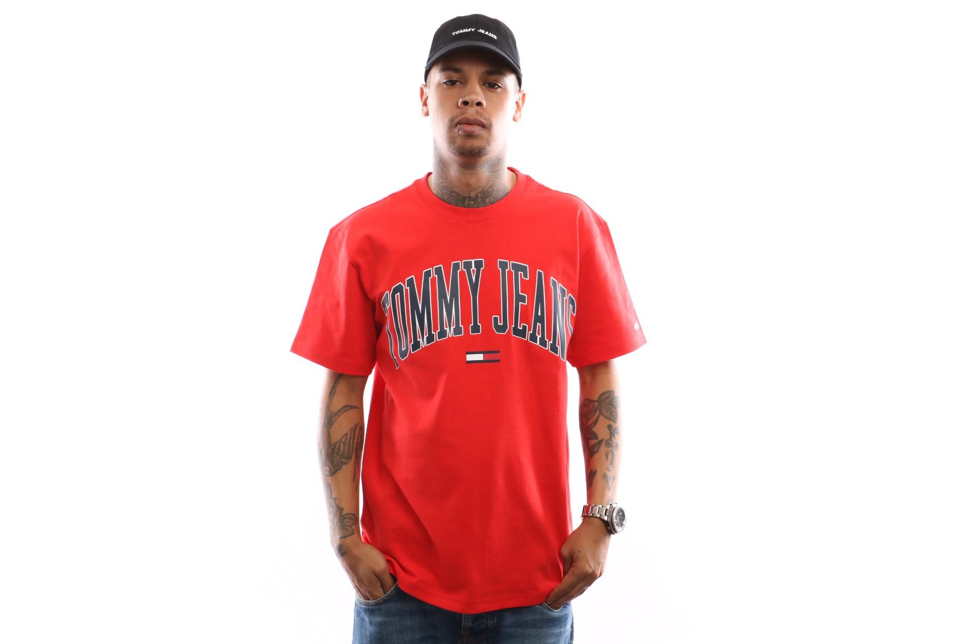 Foto van Tommy Hilfiger Tjm Collegiate Logo Tee Dm0Dm05569 T Shirt Flame Scarlet