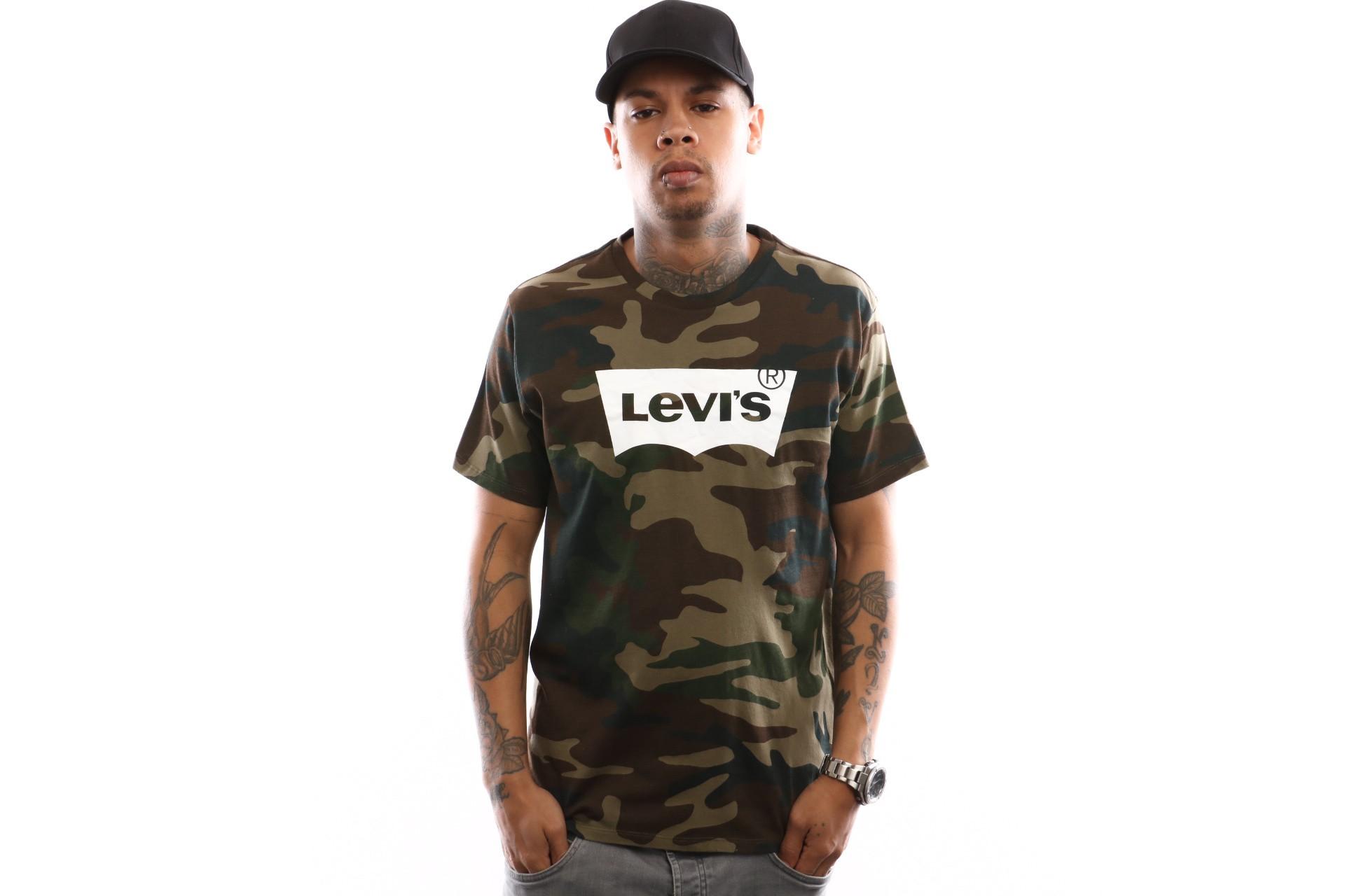 Foto van Levi`S Housemark Graphic Tee 22489-0159 T Shirt Hm Ssnl Fill Camo