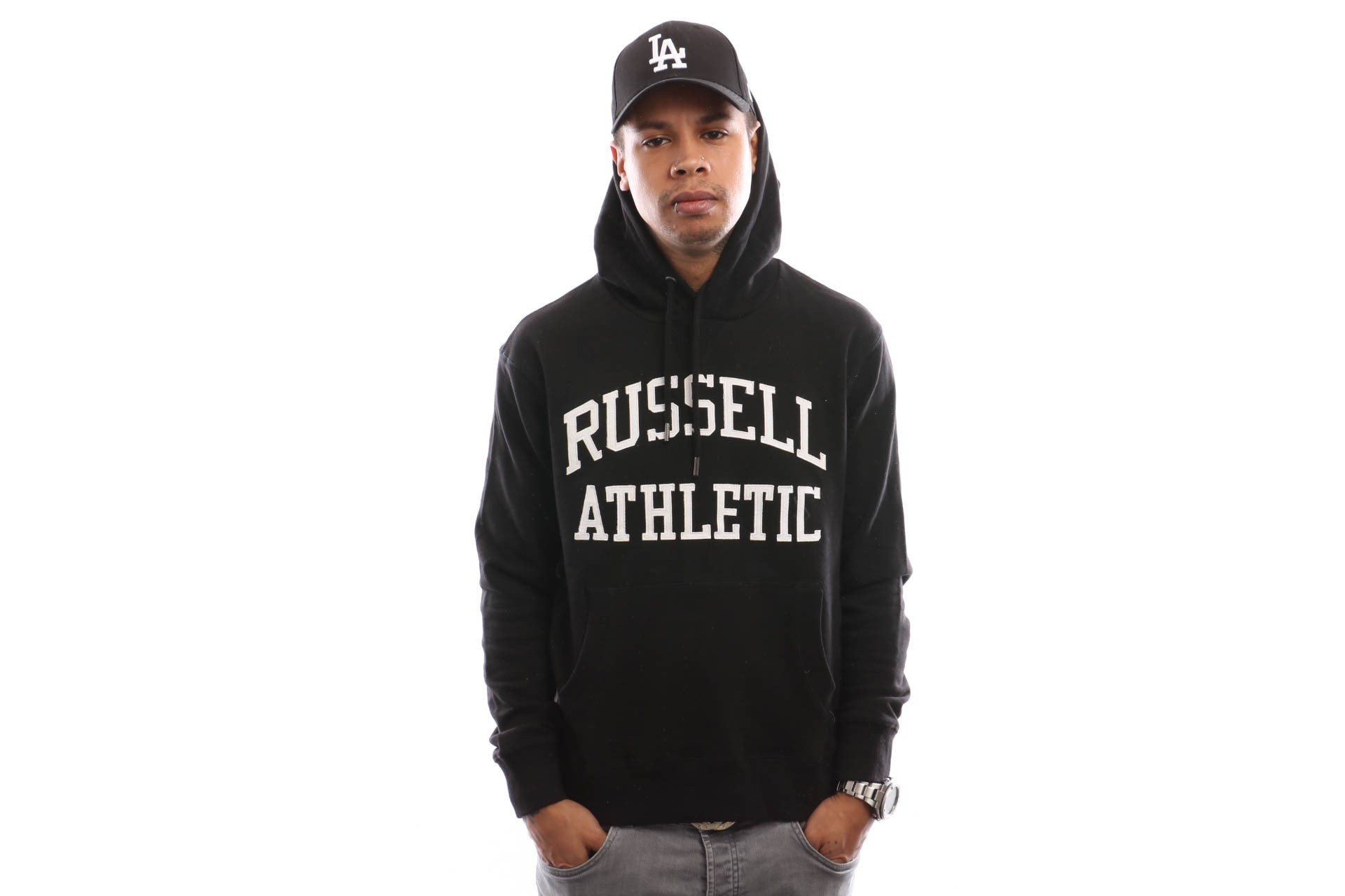 Foto van Russell Athletic Iconic Tackle Twill Pull Over A9-004-1 Hooded Black