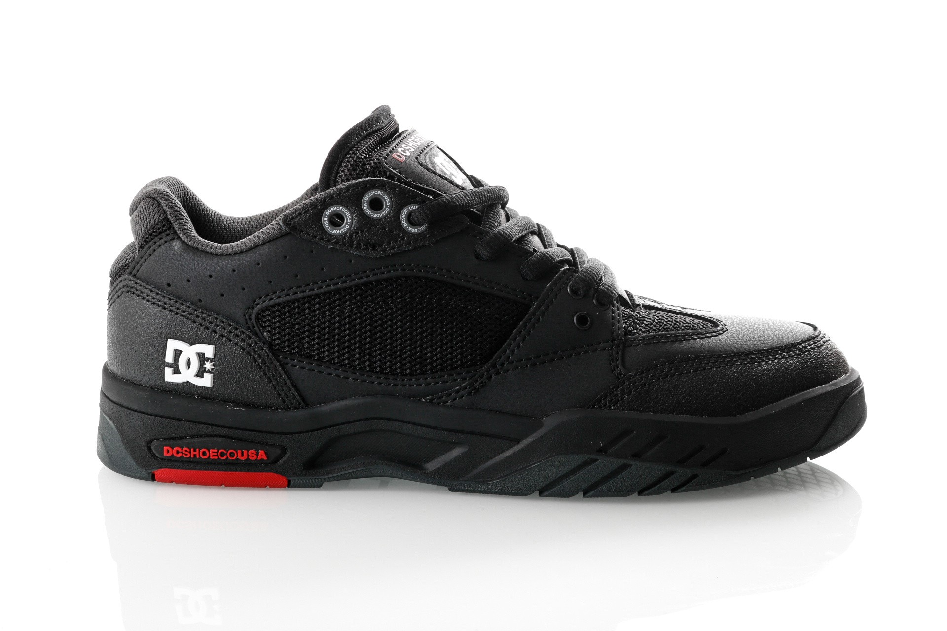 Afbeelding van DC MASWELL M SHOE BWU ADYS100473-BWU Sneakers BLACK/WHITE/TRUE RED