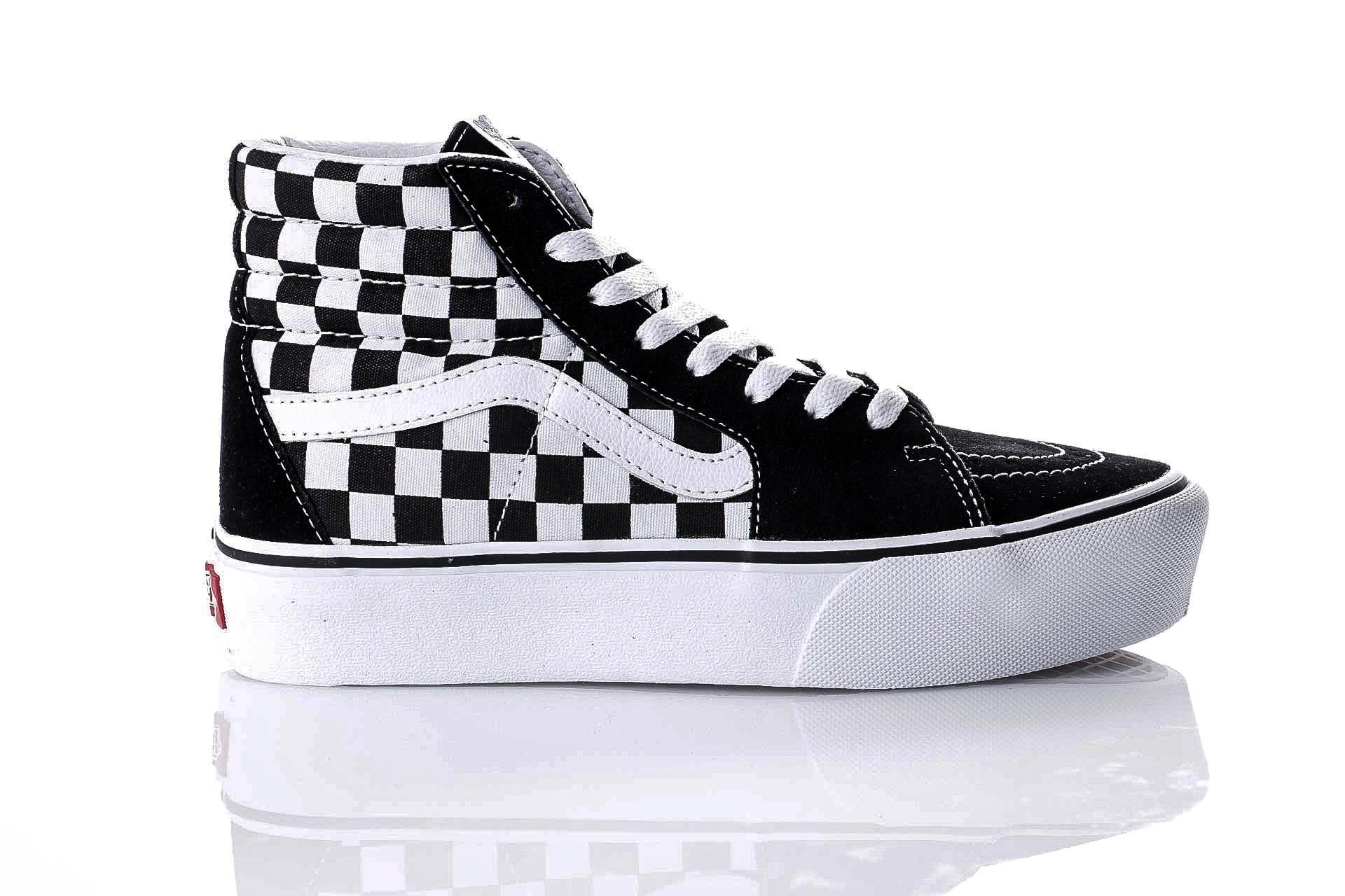 Foto van Vans UA SK8-Hi Platform 2.0 VA3TKNQXH Sneakers checkerboard/true white