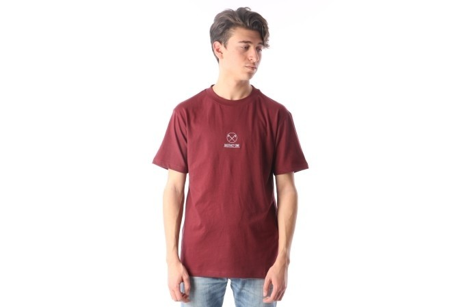 Foto van Instinct One IO-17024 T-shirt Cherry pop red Rood