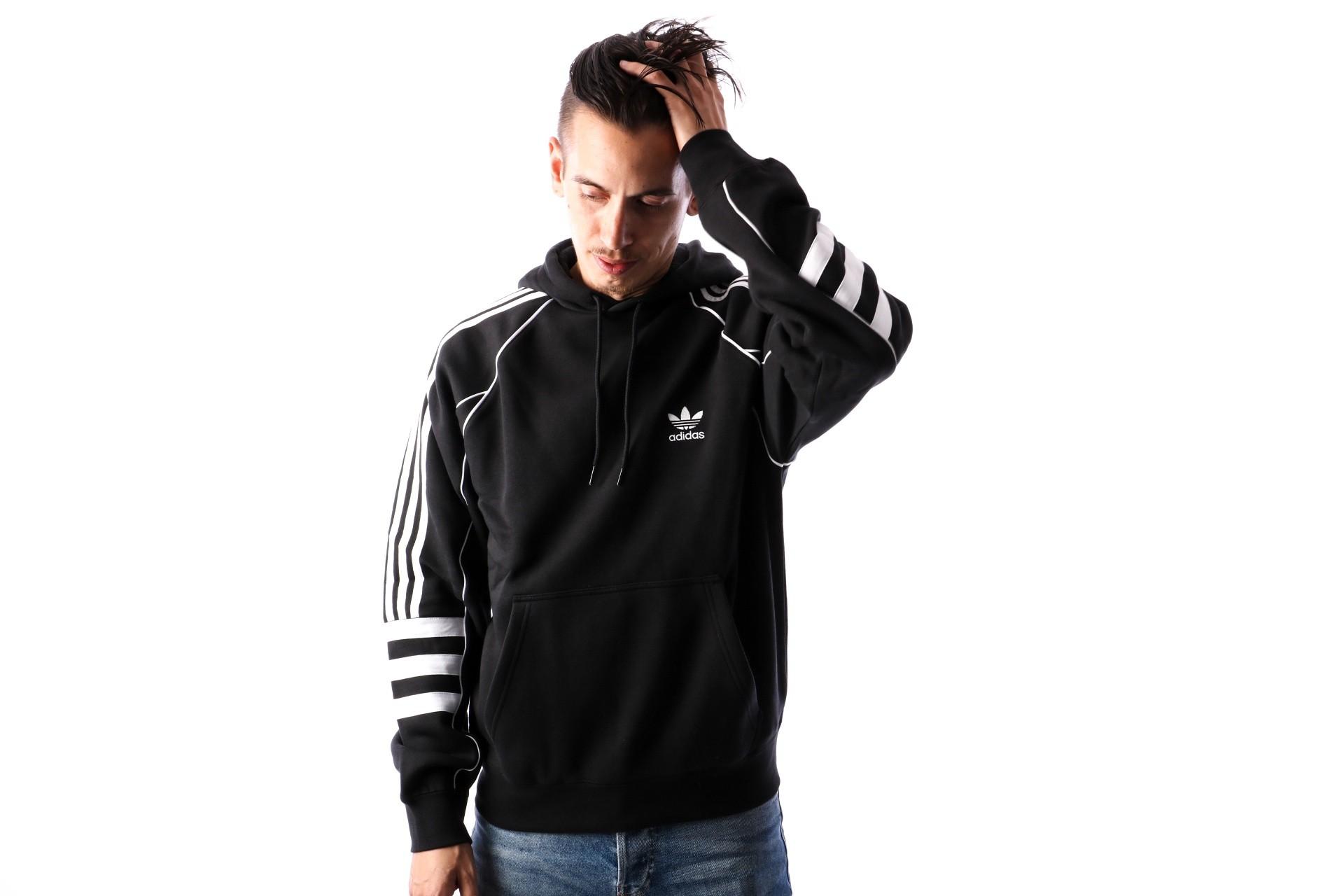 Foto van Adidas AUTH HODDY DH3851 hoodie BLACK