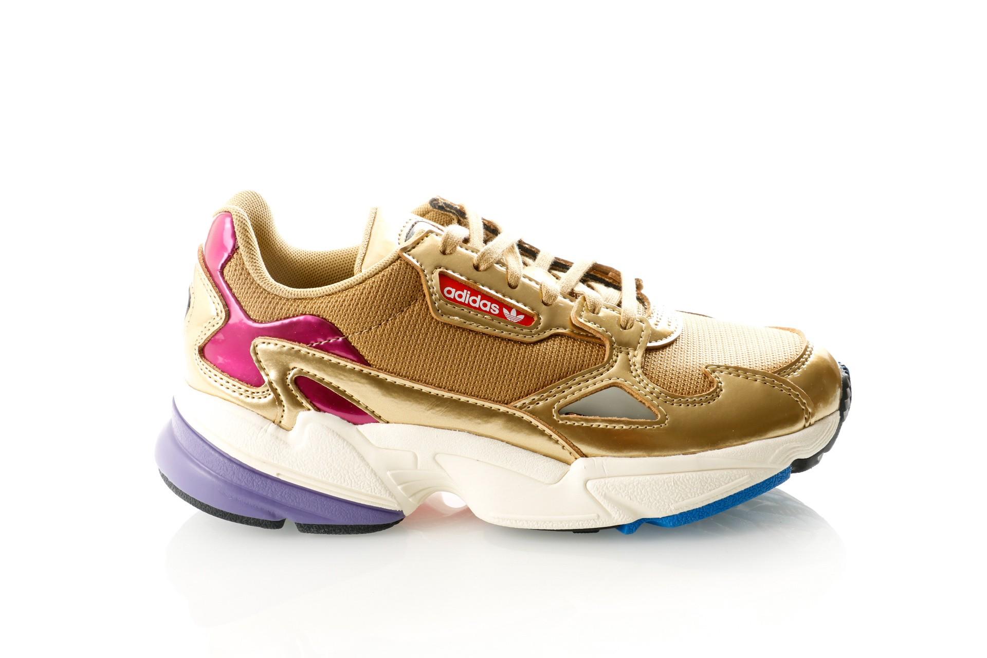 on sale 2b0cf bc4d7 Afbeelding van Adidas FALCON W CG6247 Sneakers gold met.gold met.off